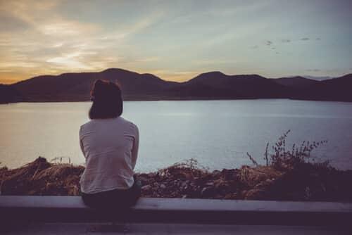 การมีปฏิสัมพันธ์สามารถทำให้เสื่อมลงในการต่อสู้ทางกายภาพทันที